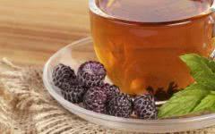 7 Benefícios do Chá de Amora para a Saúde